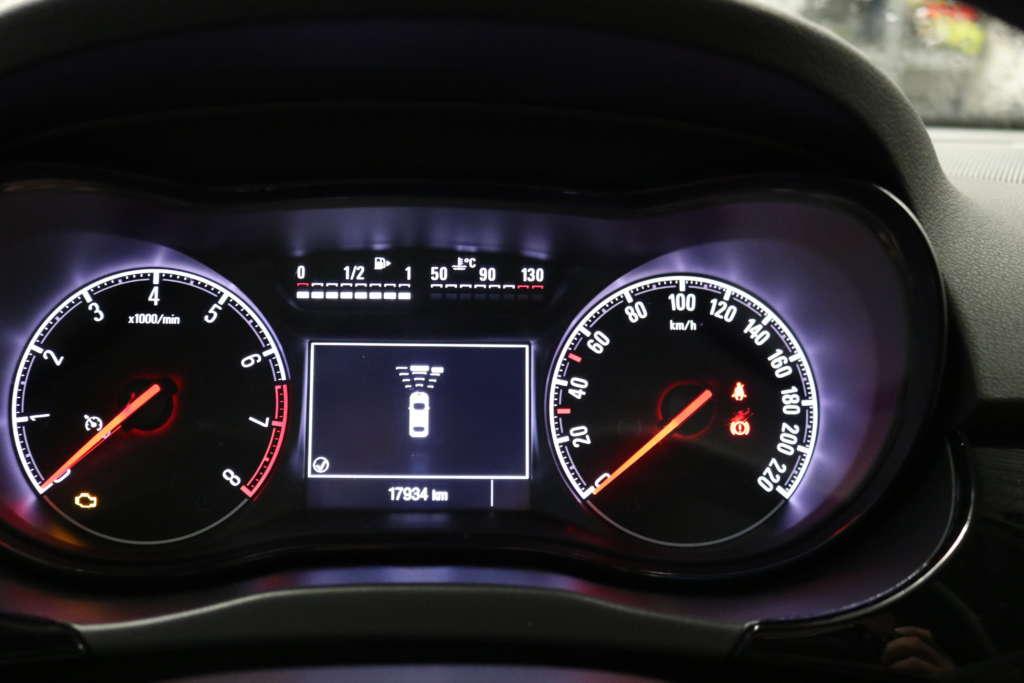 Opel Corsa 1.4 120 Jahre 66kW 90 PS Sitze