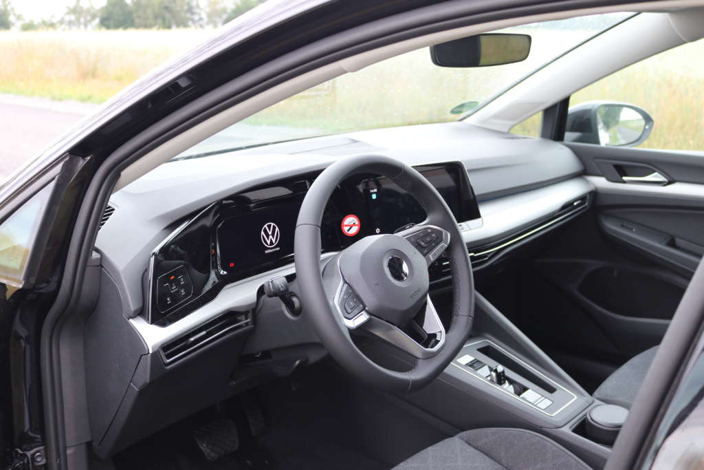 Armaturenbrett VW Golf 8 2.0 TDI