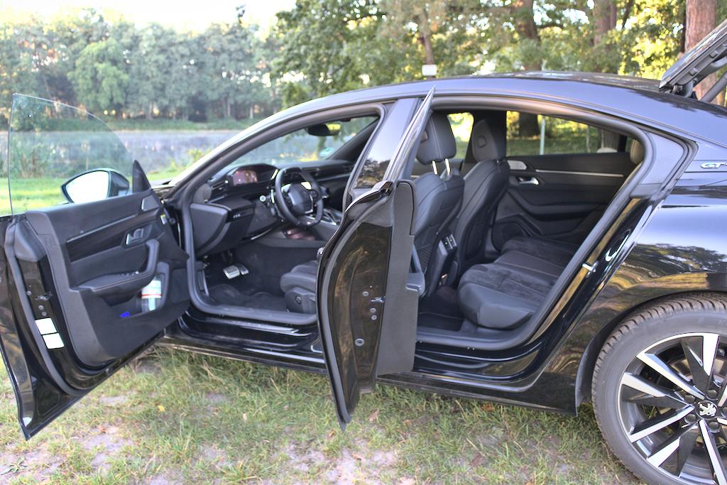Foto Test Peugeot 508 GT 225 16 PureTech EAT8 Coupe Limousine
