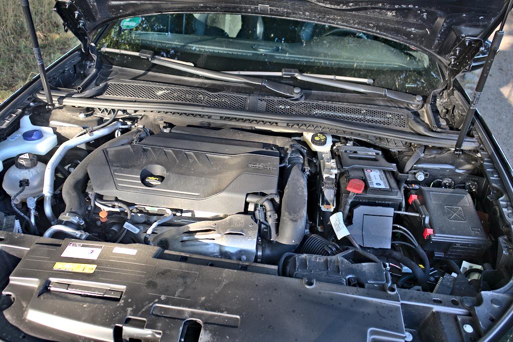 Foto Test Peugeot 508 GT 225 16 PureTech EAT8 Motor