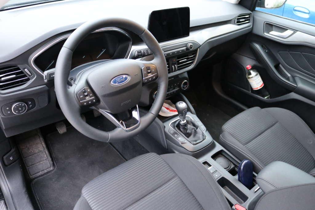 Test Ford Focus Turnier Titanium Armaturenbrett