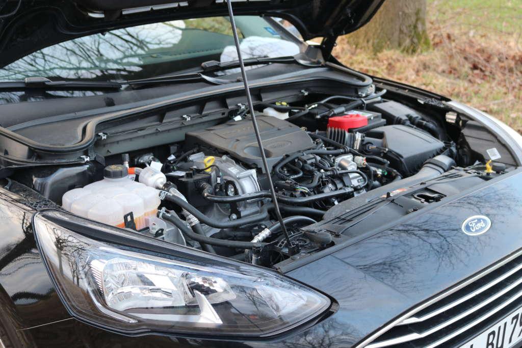 Motor Ford Focus Turnier Titanium 1.0 EcoBoost Hybrid 114kW 155PS