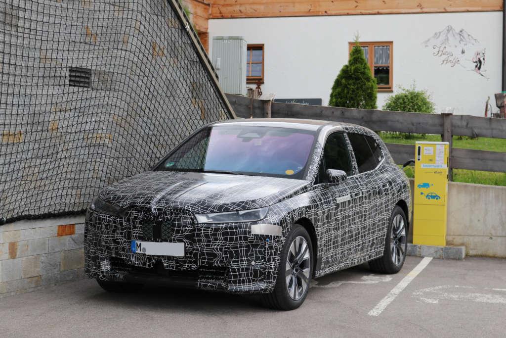 BMW iNext 2021 Spy Erlkönig Front