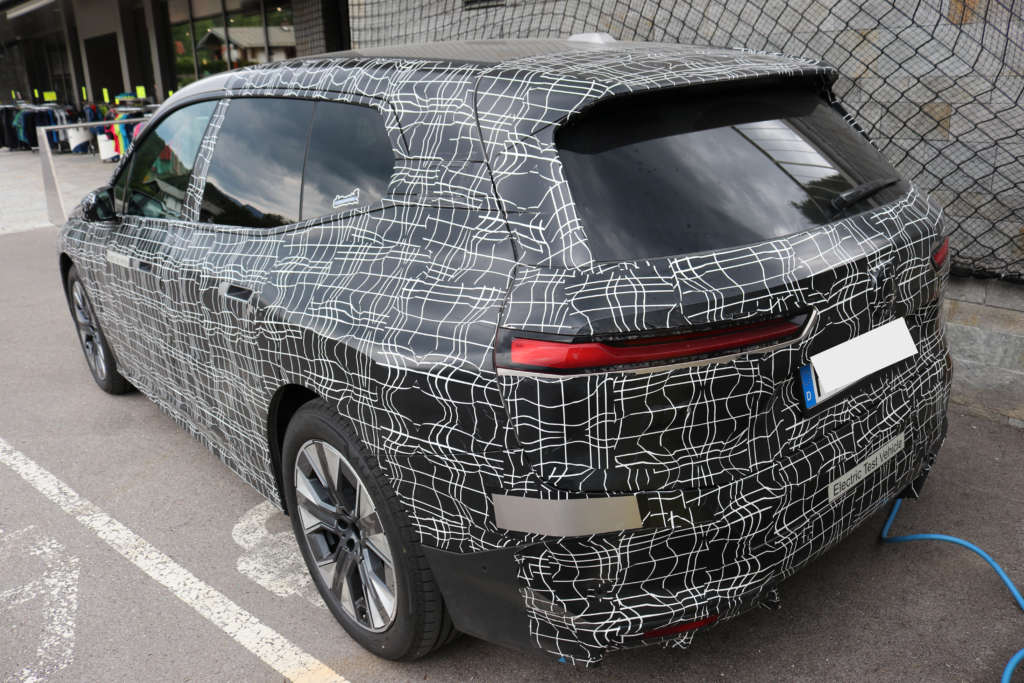 BMW iNext 2021 Spy Erlkönig Heck